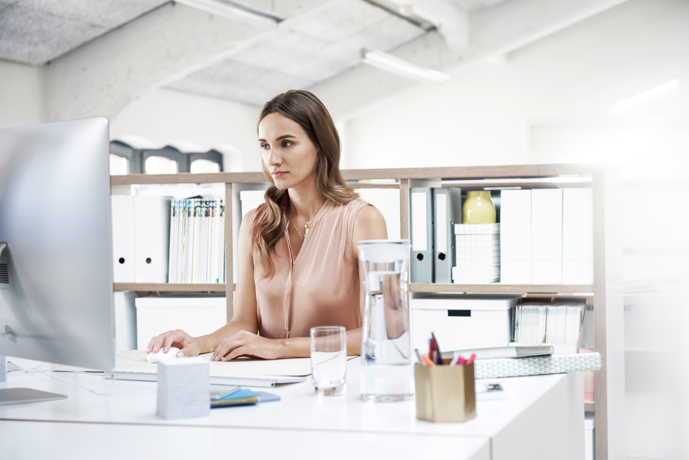 Fillserve-STCHome-Office-woman